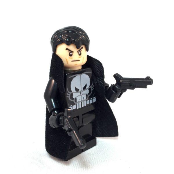 Punisher LEGO Minifig - Side