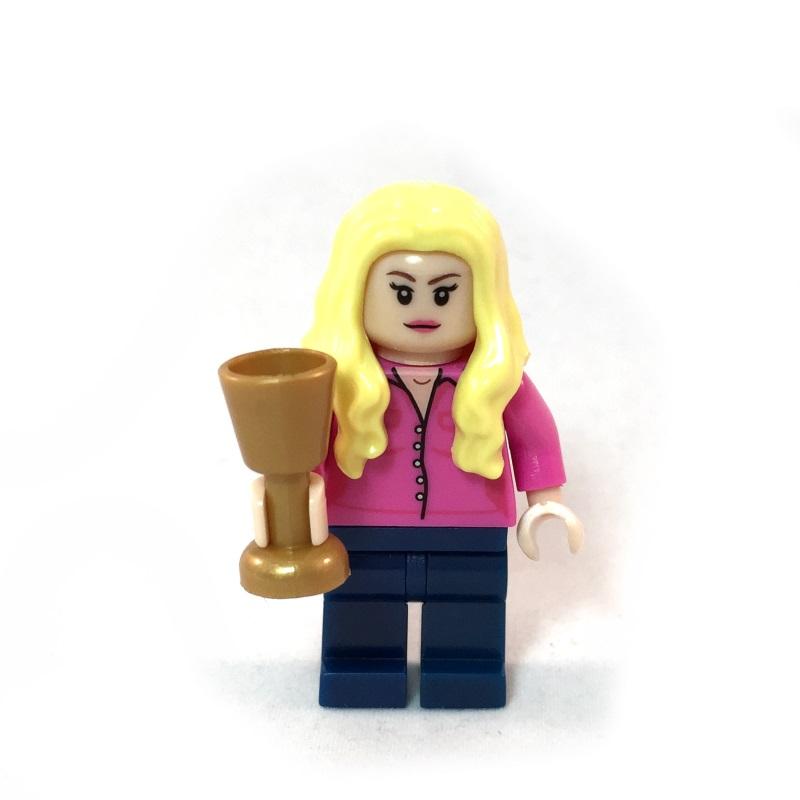 The Big Bang Theory LEGO Minifig Set - Penny Face 1